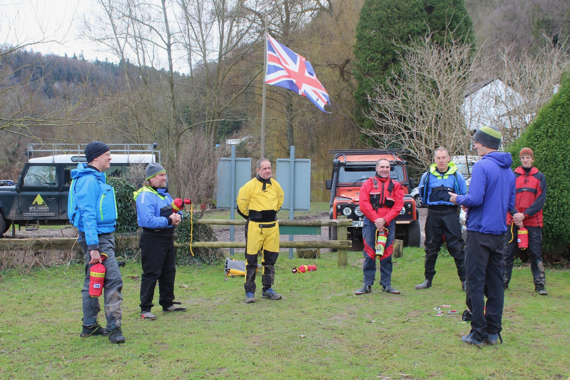 Intro to WhiteWater Canoe Briefing.